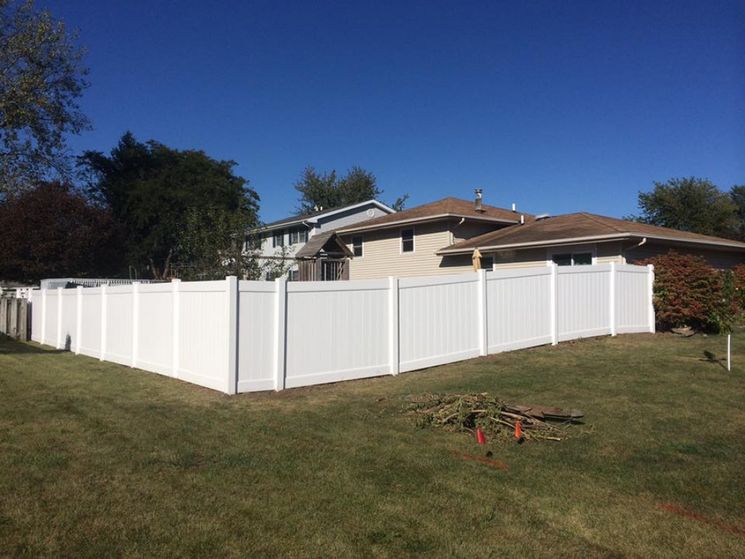 Build a Beautiful Fence for Your Yard